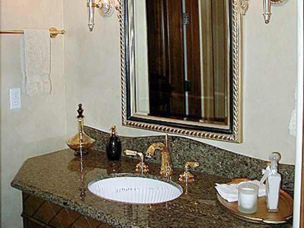 صورة ديكور مغاسل حمامات يضفي جوا جيدا لحمام بيتك