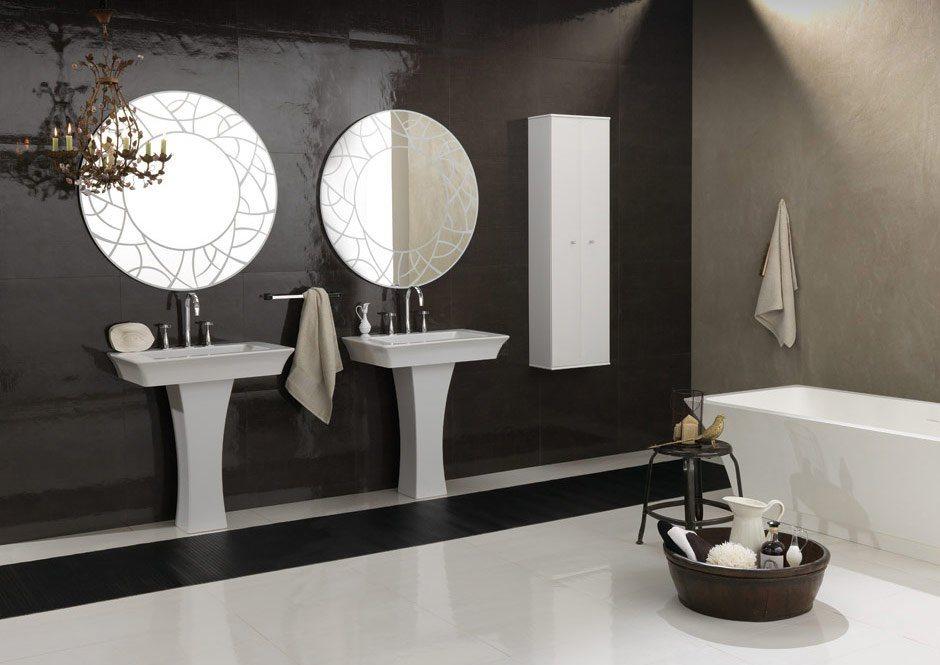 صورة تصميمات الاحواض وغرفة الاستحمام المودرن مع خلفية كلاسيكية