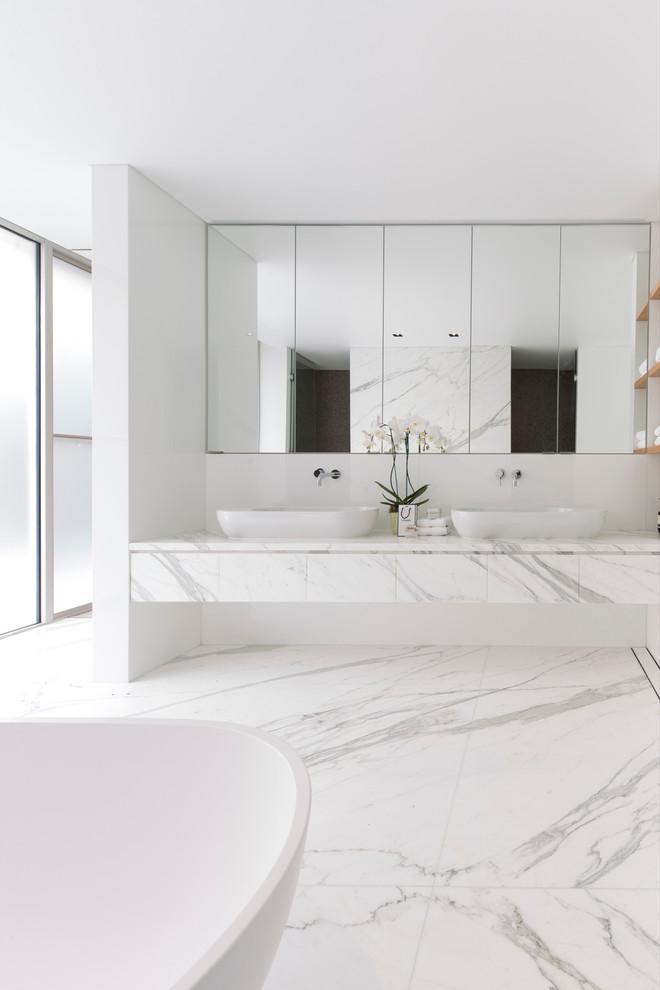 صورة الرخام وروعة الابداع في الحمام بالتموجات الرائعة