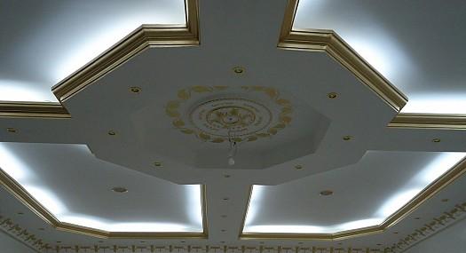 صور ثريات جبس متقنه وتعتبر الافضل كثرية سقف جميلة