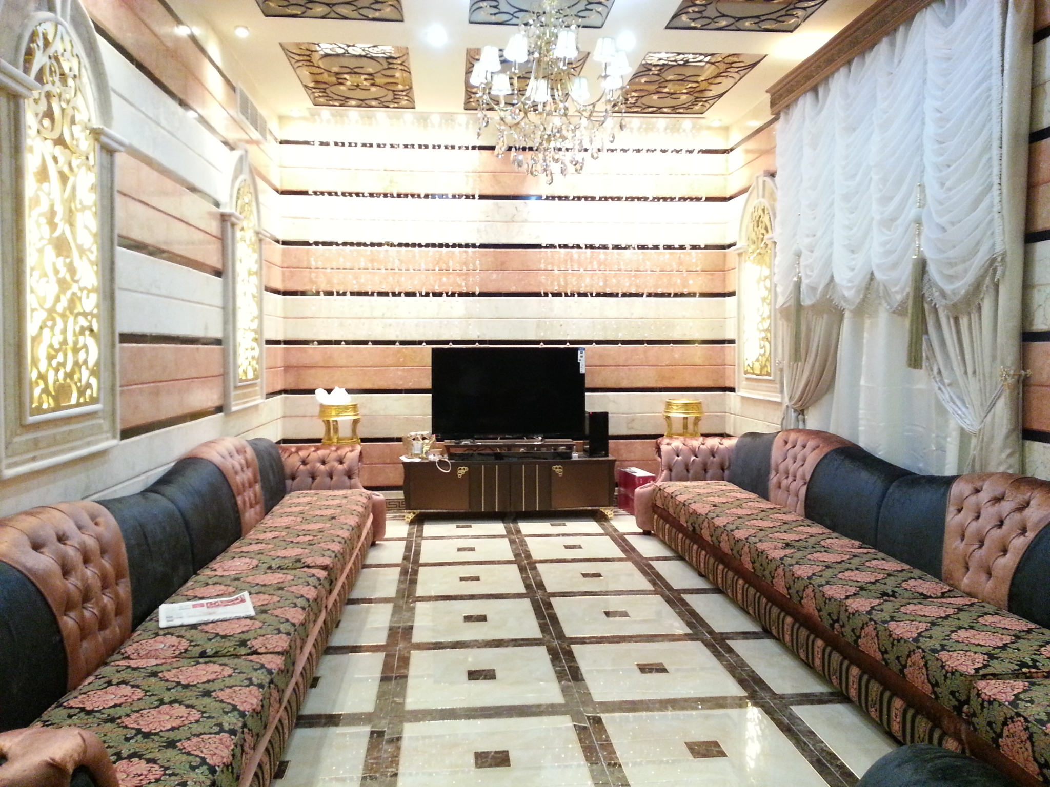 صورة المجالس العربية الملكية