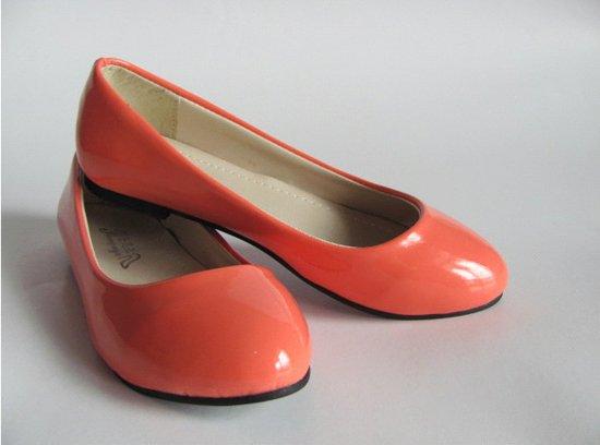 ستايلات اكسسوارات بنات احذية فلات منوعة