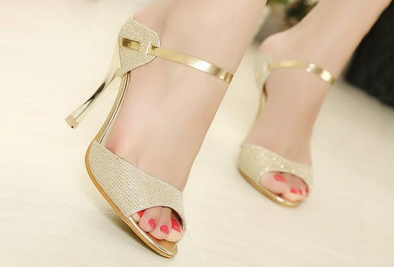 صورة احذية وصنادل مميزة احذية غير تقليدية للبنات 28533 4